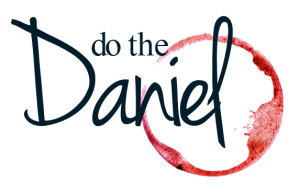 dothedaniel_logo